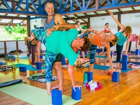300-hour-yoga-teacher-training-costa-rica