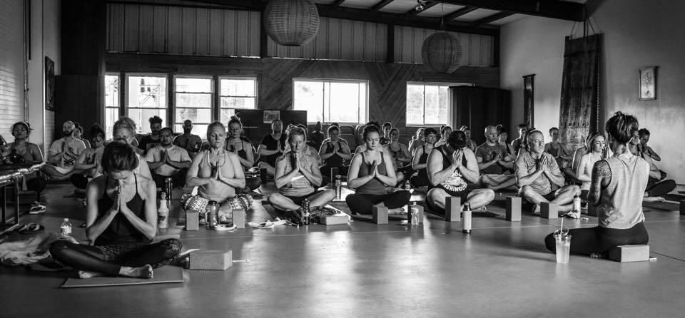 hidden-dragon-yoga-retreat-at-blue-osa