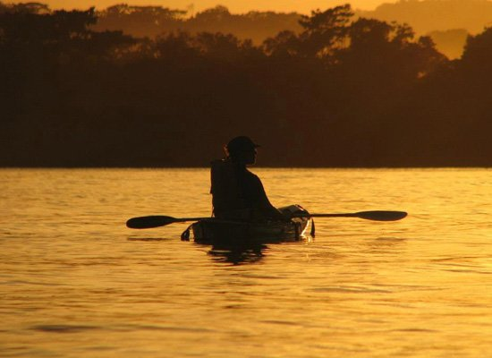 Costa-Rica-Yoga-kayak-mangrove-adventure