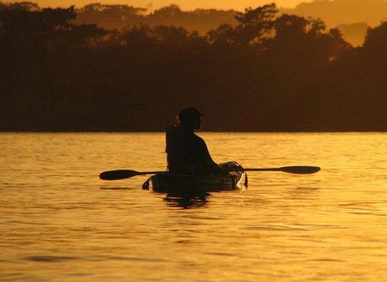 Costa-Rica-Yoga-kayak-mangrove-adventure