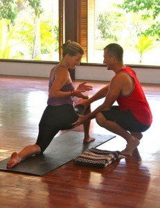 costa-rica-yoga-teacher-training-blue-osa