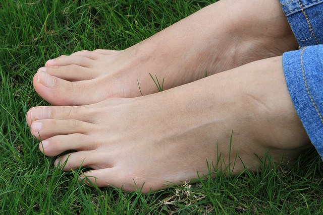 THE 3 KEYS TO YOUR FEET
