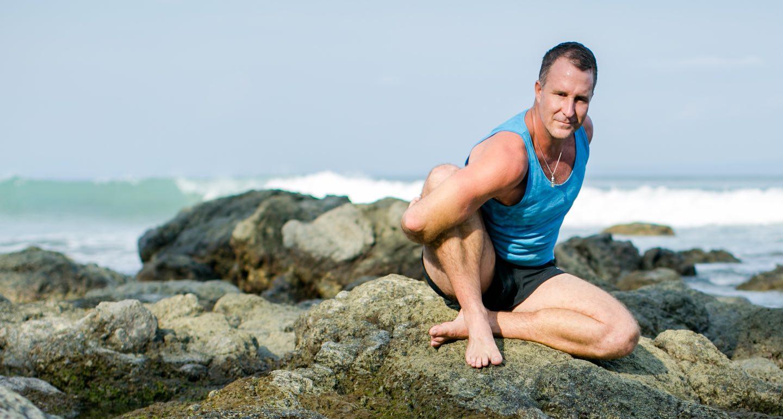 benefits Seated Twist (Marichyasana C) yoga