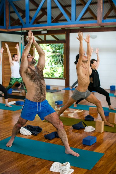 6 reasons why more men should practice yoga 7