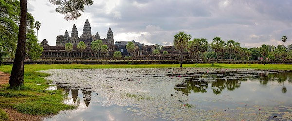 5 AMAZING SECRETS OF THE ANGKOR WAT BLUE OSA YOGA JOURNEYS CAMBODIA MOAT PICTURE