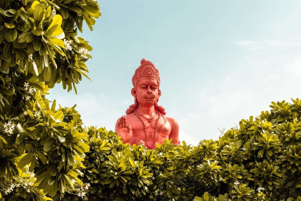 hanuman-hindu-god-statue-10-deities-to-know
