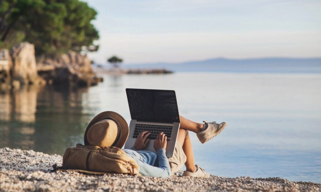 Work Remotely While Traveling in Costa Rica